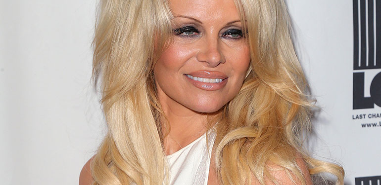 Pamela Anderson Fully Recovers from Hep C