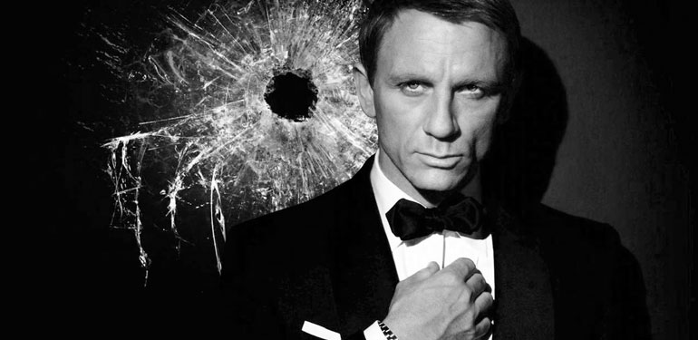 Classic New Bond Film Spectre in Theaters This Weekend
