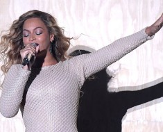 Beyoncé to Appear in Super Bowl Halftime Show