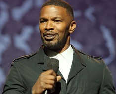 Jamie Foxx Saves Driver from a Burning Car
