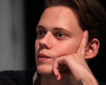Bill Skarsgård to Play Pennywise the Clown in It Remake